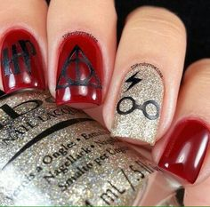 Uploaded by Ibrahim Ahmad. Find images and videos about nails and harry potter on We Heart It - the app to get lost in what you love. Harry Potter Nails Designs, Harry Potter Nail Art, Cute Harry Potter, Fancy Nails, Trendy Nails, Cute Nails, Gel Nails, Acrylic Nails, Disney Nails