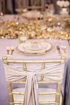 Champagne and Gold Galore | Seattle Wedding Rentals | Alante Photography via StyleUnveiled.com