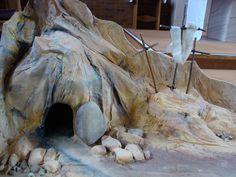 http://3.bp.blogspot.com/-8KowSfOmP9s/UVg2waM9h4I/AAAAAAAAAj0/GPOLsK8bLMw/s1600/Empty+Tomb.JPGからの画像