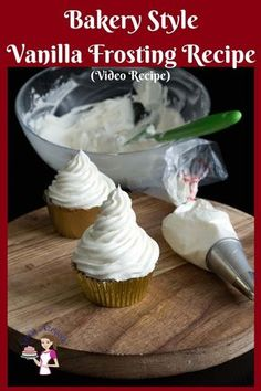 This is probably the best Bakery Style Vanilla Buttercream Frosting Recipe in just 5 minutes for cakes, cupcakes or cookies. This is probably the best Bakery Style Vanilla Buttercream Frosting Recipe in just 5 minutes for cakes, cupcakes or cookies. Vanilla Frosting Recipes, Homemade Frosting, Vanilla Buttercream Frosting, Cupcake Recipes, Cupcake Cakes, Bakery Style Frosting Recipe, Best Frosting For Cupcakes, Best Icing For Cupcakes, Bakery Recipes