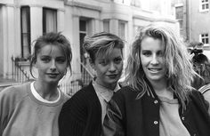"""IlPost - Le Bananarama -Keren Woodward, Siobhan Fahey and Sara Dallin – fuori dallo studio durante la registrazione di """"Do They Know It's Christmas"""