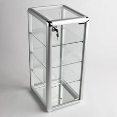 Glass counter top aluminum frame locking jewelry display case w/ 3 shelves Retail Display Cases, Glass Display Case, Display Shelves, China Display, Epoxy Countertop, Stone Countertops, Regal Display, Glass Door Lock, Glass Shelves Kitchen