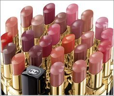 awesome lipsticks! sheer and beautiful colors on! gotta buy one!