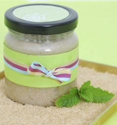Simple Brown Sugar, Coconut Oil & Peppermint Body Scrub