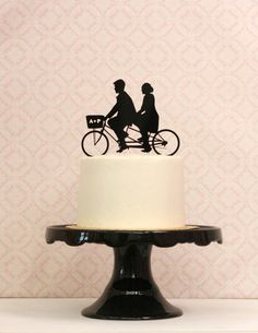 Simply Silhouettes is home of the original Silhouette Wedding Cake Topper™. This delightful topper, as seen in Martha Stewart Weddings, can be