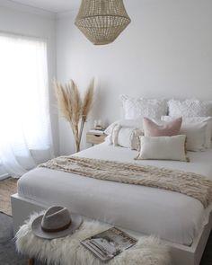 Scandi Bedroom, Room Ideas Bedroom, Home Decor Bedroom, Living Room Decor, Bed Room, Aesthetic Bedroom, My New Room, Room Inspiration, Boho Cushions