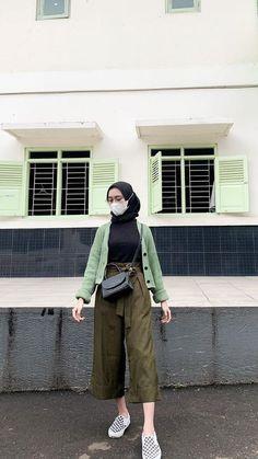 Modest Fashion Hijab, Modern Hijab Fashion, Street Hijab Fashion, Casual Hijab Outfit, Ootd Hijab, Muslim Fashion, Casual Outfits, Fashion Outfits, Korean Outfits