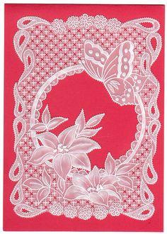 Fleurs et papillons. Pergamano, Parchment Craft, Dentelle de Papier.