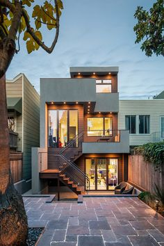 36 Popular Modern Dream House Exterior Design Ideas For Your House Planning ~ Ideas for House Renovations House Front Design, Small House Design, Modern House Design, Modern House Exteriors, Design Exterior, Modern Exterior, Townhouse Designs, Modern Townhouse, Townhouse Exterior