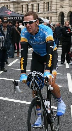 Tour champ Wiggins wins men's time trial gold