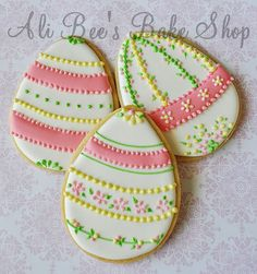 absolutely stunning Easter egg cookies