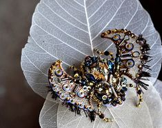 Statement jewelry Lapis Lazuli Beetle brooch от PurePearlBoutique