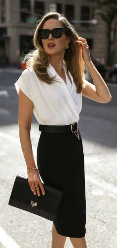 What to Wear for an Interview // Black and white color block short sleeve knee length shift dress, black cat eye sunglasses, classic black pumps, resume envelope clutch, black waist belt {Mango, Chloe, Manolo Blahnik, Le Specs, Classic style, workwear, wear to work, office appropriate}