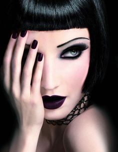 Love the eye makeup and lipstick.. Very gothic!