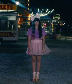 Melanie Martinez Would love to find a tutu like this to wear to her concert Cry Baby, Adele, Melanie Martinez Carousel, Cute Celebrities, Celebs, Melanie Martinez Outfits, Celebrity Crush, Spring Outfits, Spring Fashion