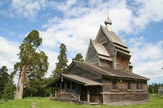 The oldest Russian wooden church standing on its original place.   Uksovichi (1493)
