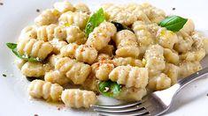Recipe with tricks so that the dough is perfect Potato Gnocchi Recipe, Gnocchi Recipes, Pasta Recipes, Dinner Recipes, Cooking Recipes, Fruit Recipes, Potato Recipes, Pasta Casera, Pesto Sauce