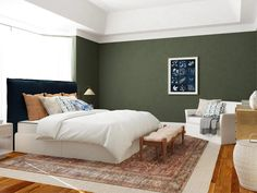 Home ownership comes with a lot of challenges—and a lot of mistakes. Avoid the common new home design mistakes with these tips from our expert designers! Modern Rustic Bedrooms, Contemporary Bedroom, Buying Your First Home, Home Buying, Grey Throw Pillows, Chair And A Half, Mattress Springs, Slipcovers For Chairs, New Home Designs