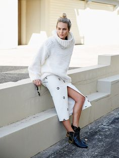 oversized sweater with pencil skirt