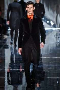 BERLUTI AUTUMN/WINTER 2015-2016 MENSWEAR FASHION SHOW PARIS