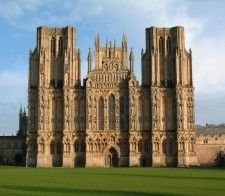 Wells Cathedral, Somerset England (this was one of the most stunning cathedrals i have ever seen) Somerset England, England And Scotland, London England, England Uk, Gothic Architecture, Beautiful Architecture, Religious Architecture, Ancient Architecture, Bath Somerset