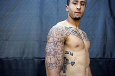 Backup Quarter Back Colin Kaepernick shows off his many tattoo's at the practice facility in San Carlos, CA Wednesday September Photo: Michael Short, Special To The Chronicle / ONLINE_YES 49ers Players, Nfl Football Players, Best Football Team, Colin Kaepernick Tattoos, Michael Short, Rex Ryan, 49ers Quarterback, Great Tattoos, Athletic Men