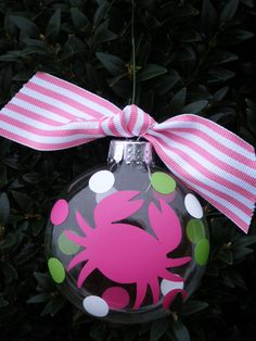 Crabby Christmas Ornament- I want to make these for our beach house!
