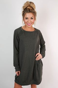 Look terrific while traveling in this tunic dress! Wear it with tights and riding boots for a chic look that's so cozy!