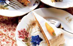 Recept Pistachetaart met oranjebloesemwater en aardbeien | ELLE Eten