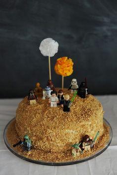 tarta con decoracion de star wars para niños