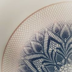 Kim Haakt - Kim(h)aakt het! Crochet Mandala, Crochet Art, Crochet Potholders, Crochet Doilies, Dream Catcher Mandala, Crochet Diagram, Stuff To Do, Diy And Crafts, How To Make