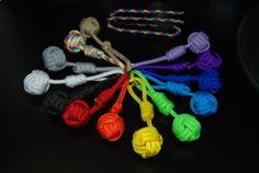Mini Monkey Fist Key Fob Paracord Projects, Monkey, Crochet Necklace, Craft Ideas, Mini, Bracelets, Crafts, Jewelry, Jumpsuit
