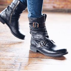 Frye Veronica Tanker boots-Want!