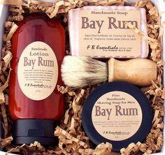 Dessertpin - Bay Rum Men's Shaving Set Mens Shaving Set, Shaving Gift Set, Shaving Brush, Shaving Soap, Shaving Tips, Bay Rum, Amber Bottles, Men's Grooming, Tea Tree Oil