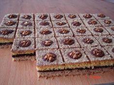 Orechové kocky Sweet Desserts, Sweet Recipes, Dessert Recipes, Czech Recipes, Good Food, Yummy Food, Something Sweet, Christmas Cookies, Nutella