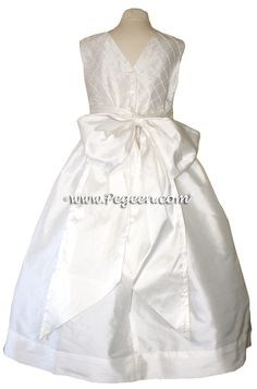 White First Communion Dress with pin tuck, pearls silk bodice Cheap Flower Girl Dresses, Flower Girl Tutu, Girls Dresses, Cotillion Dresses, Holy Communion Dresses, Organza Dress, Custom Dresses, Plus Size Fashion, Pin Tucks