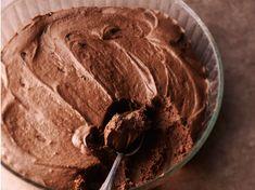 Mousse au chocolat noir rapide, facile et pas cher