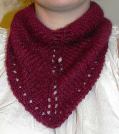 Ravelry: One Skein Lima Neckerchief pattern by Josie Adam; free download