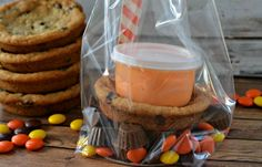 Getting ready for a Halloween party with kids can be stressful enough (I'm talking to you, grease paint), but trying to decide on a fun craft or activity doesn't have to be with this Halloween Cookie Kit. Whether you're serving ghosts or pirates, or even bigger kids who pretend not to care about Halloween (but really do), this cookie kit is fun for all. Bonus: if you don't want to fuss with the mess of clean-up, you can always send this home with your happy tricksters as a party favor. Have…