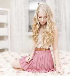 WITH MY PINK SKIRT ON (by Fanny Lindblad) http://lookbook.nu/look/3143955-WITH-MY-PINK-SKIRT-ON