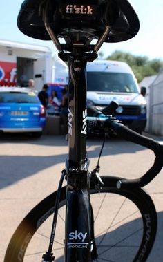 """Tour de France 2013, Geraint Thomas' Pinarello Dogma 65.1 Think 2 - Pinarello's flagship machine, which is said to be """"more rigid and more reactive"""" than the existing Dogma 2, has an aero seatpost"""