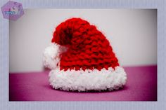 Come fare il cappello di Babbo Natale - 101 Cose Christmas Time, Merry Christmas, Christmas Ornaments, Holiday, Xmas Tree, Easter Crafts, Knit Crochet, Diy And Crafts, Crochet Patterns