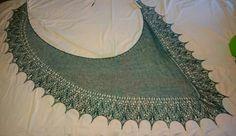 Châle as-symetrique de Mar'Laine tricote