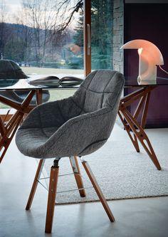 Fauteuil Eva / 4 pieds bois - Version tissu - Zanotta - Chaises et fauteuils hauts - Mobilier