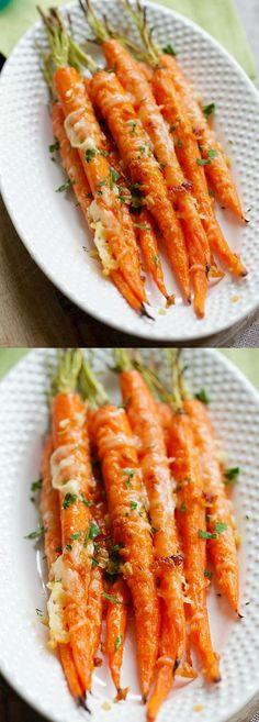 Garlic Parmesan Roasted Carrots