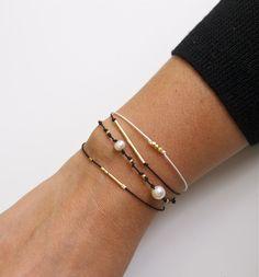 silke perler armbånd/silk pearl bracelets friendship bracelets