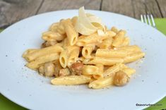 Paste cu sos cremos de ciuperci reteta rapida Savori Urbane