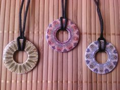 washer and scrapbook paper necklaces