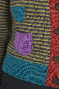 The book is Danish, but I love these details! Ravelry: Seks pattern by Rachel Søgaard