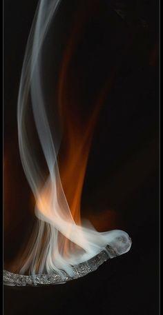 Фотография Дыма, Снимки Натюрмортов, Абстрактные Фотографии, Творческая Фотография, Натюрморт, Фоновые Изображения, Скульптуры, Советы По Фотографии, Костёр